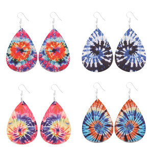 Batik-Ohrringe aus Leder