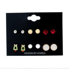 Weihnachten 6 Paar Set Ohrringe Weihnachtsserie eine Vielzahl von Perlenkristalllegierung Modeohrringe