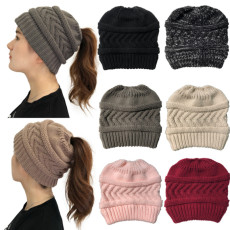 Sombreros de otoño e invierno Nuevos productos Sombrero de cola de caballo de punto Sombrero de lana con cola de caballo para mujer