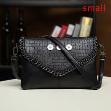 Sac femme nouveau sac à main en cuir souple à la mode pour femme d'âge moyen sac en diagonale à une épaule pour femme en morceaux de 18 mm