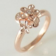 Fashion ring with CZ stones- size 6.5