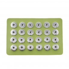 Display of 24 pieces PU leather green type for 18&20MM snaps chunks