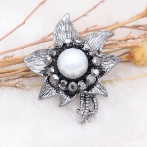 20MM Flowers design snap  Plated white pearl KC7998 snaps jewelry