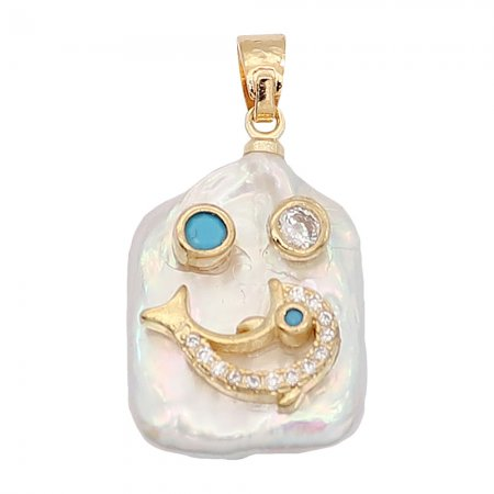 Natural pearl pendant comes with cute golden accessories010