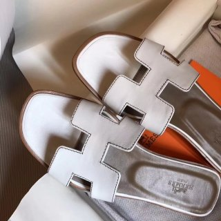 Hermes 2018 classic leather slippers