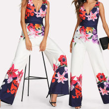2018 NEW Women Playsuit Sexy V-neck Floral Jumpsuit Sexy Lady Clubwear Flower Summer Playsuit Wide Leg Party Jumpsuit Romper