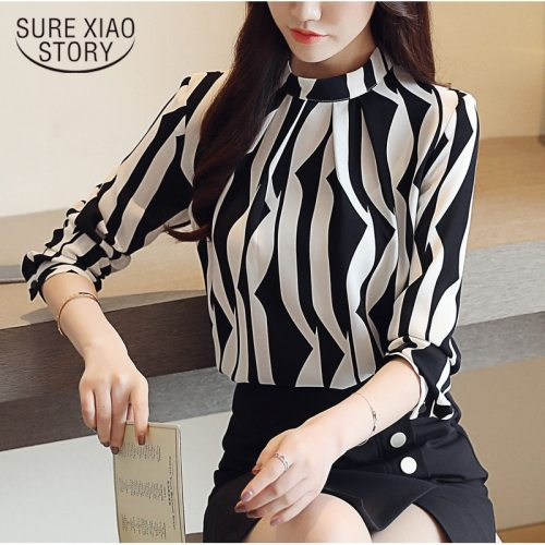 2018 new arrived fashion women blouse long sleeved printed women top  stand collar blouses slim fit office lady blusa 0941 40