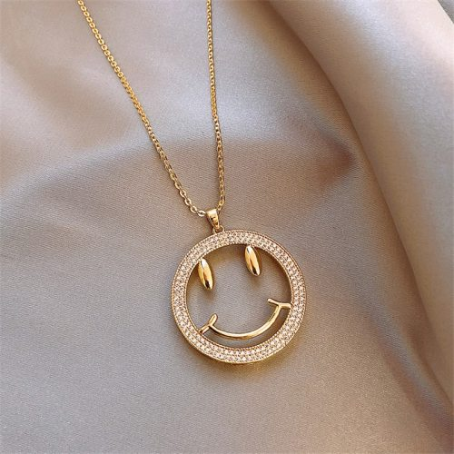 Women's Sweater Chain Smile Face Pendant Geometric Metal Decoration Pastoral Accessory Fashion