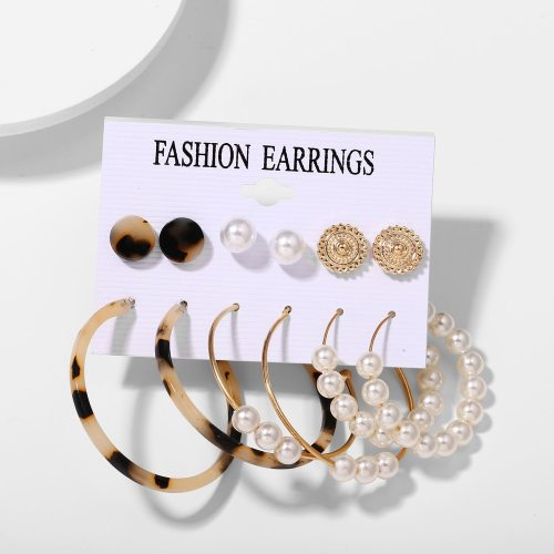 6 Pairs Women's Studs Hoops Imitation Pearl Acrylic Design Ladylike Earrings Vintage Round/Circle Carving Simple/Neutral No Inlay Accessories Others