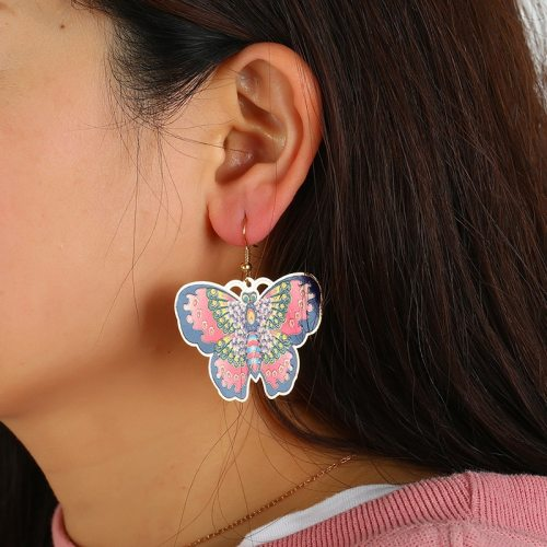 Women's Drop Earrings Butterfly Pattern Faddish Earrings Accessories Metal Decoration Celebrity No Inlay Allergy Free Animal Fashion