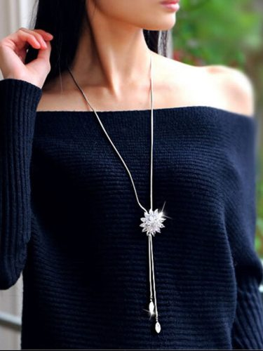 Women's Sweater Chain Chic Contrast Color Geometry Design