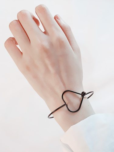 Women's Bracelet Elegant Simple Design Stylish Delicate Accessory Fashion