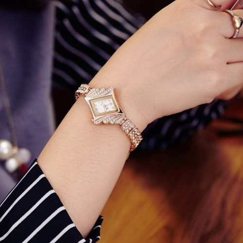 Women's Bracelet Watch Imitation Diamond Shpe Dial Luxury Women's Watches Alloy Top Fashion Pointer Rhinestone Stainless Steel Quartz Hasp Sporty