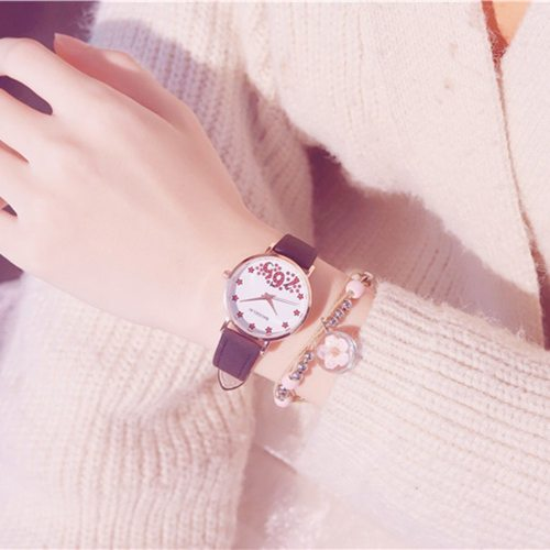 2Pcs Women's Watch & Bracelet Set Sweet Stylish Jewelry Set Sporty Watches Round Pointer PU Wipe clean Quartz Alloy Casual Pin Buckle