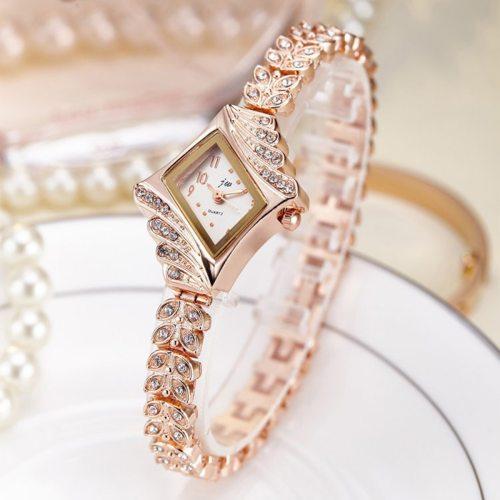 Women's Bracelet Watch Imitation Diamond Shpe Dial Luxury Women's Watches Alloy Top Fashion Pointer Rhinestone Stainless Steel Quartz Hasp Sporty