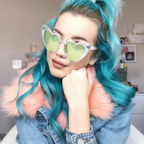 Women's Sweet Heart Candy Color Fashion Black Fancy Accessory Metal Decoration Solid Color Anti-UVA Pastoral zoravia Wipe clean Sunglasses Long Face