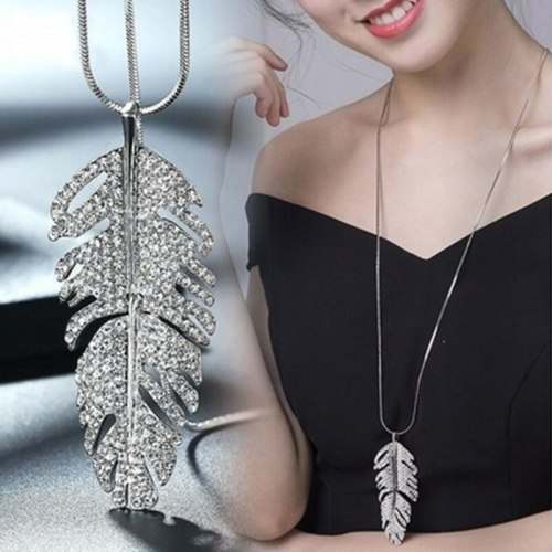 Women's Sweater Chain Ladylike Rhinestone Feather Design Sweater