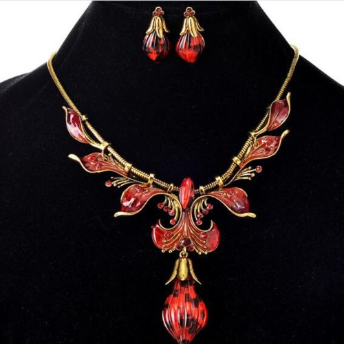 Lucky Doll 3 Pcs Women's Jewelry Set Necklace Delicate Earrings Accessories Vintage