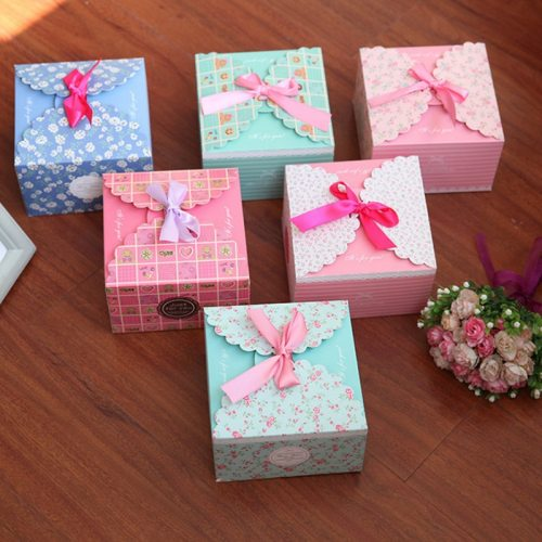 1 Piece Chic Konfetti Pakage Floral Pattern Stylish Gift Striped Gift Box Casual Tassel holiday fairs