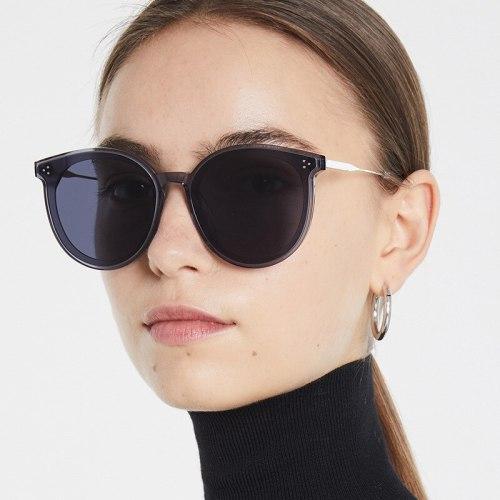 SAN VITALE Women's Frame Daily Simple Design Fashion Sequined Anti-UVA Anti-UV rating: UV400 Wipe clean Accessories Round Shape Stylish Sunglasses