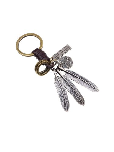 Men's Key Ring Leaf Shape Pendant Causal Vintage Key Accessories Product specification: 122cm long and 3cm wideWeight: 25gWoven leather rope + alloy