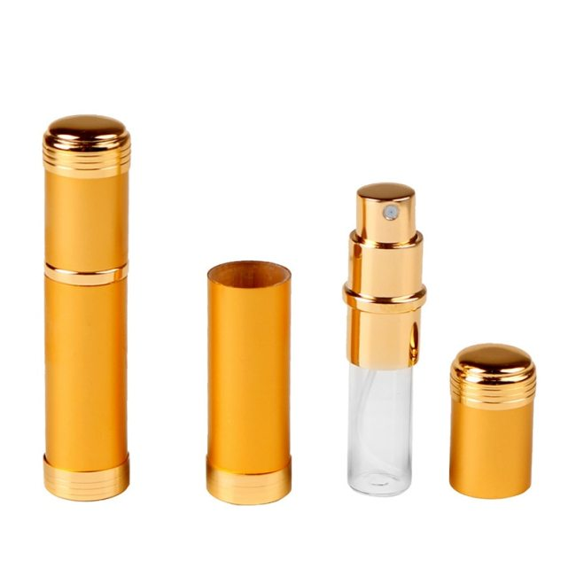 1 pc 5ml Rotation Spray Portable Bottle Sample Perfume Bottled Oil goldCapacity: 5m1 MLSpecification: 87mm * 19mmWeight: 110 gramsIt is suitable for: