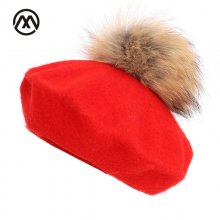New painter beret outdoor artist hats autumn and winter new warm knit caps solid color fashion raccoon fur pom-pom vintage beret