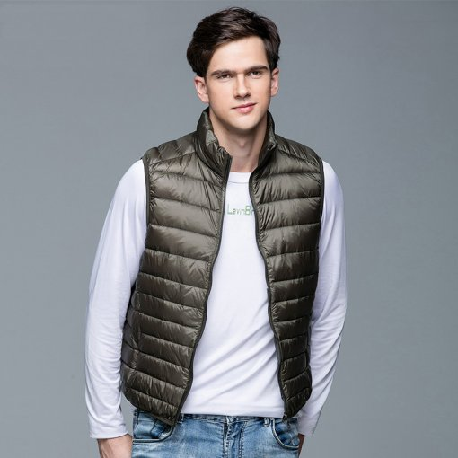 2019 New Men's Winter Coat 90% White Duck Down Vest Portable Ultra Light Sleeveless Jacket Portable Waistcoat for Men