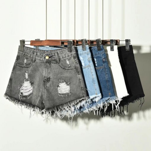 Ladies' Denim shorts