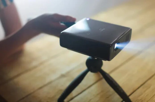 Mobile projector - 1080p Full HD Pico Projector