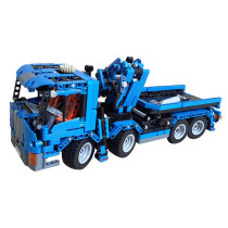 MOC-8317 Truck with crane