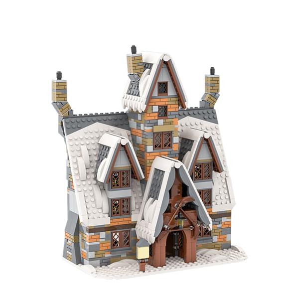 MOC-58042 The Three Broomsticks (Hogsmeade Winter Village)