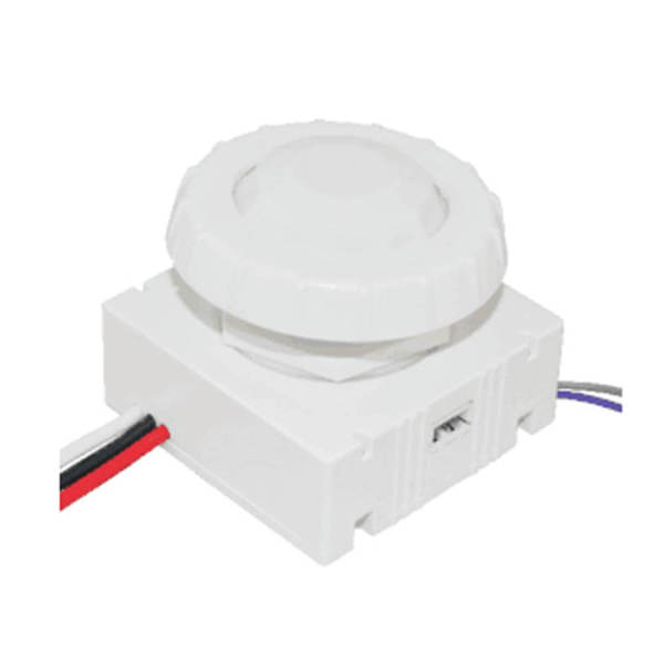 Line voltage pir in-fixture dimming sonsor