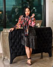 Plus Size Fashion Sexy Ruffled Pearl PU Leather Skirt OMY-5071