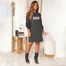 QUEEN Letter Solid Color Long Sleeve Dress WTF-9065