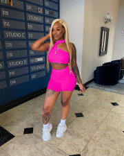 Sexy Solid Crop Top And Shorts Two Piece Suits YUF-9066