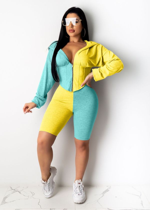 Plus Size Hooded Zipper Waist Two Piece Shorts Set CL-6054