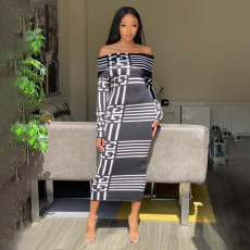 Sexy Slash Neck Long Sleeve Plaid Long Dress YF-9710