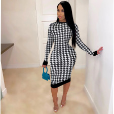 Plus Size 4XL Houndstooth Print Long Sleeve Midi Dress SFY-208