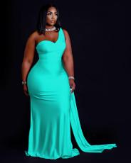 Plus Size Fashion Solid Color One Shoulder Maxi Dress QHF-8647