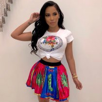 Sexy Printed T Shirt And Pleated Mini Skirt Set TE-3759