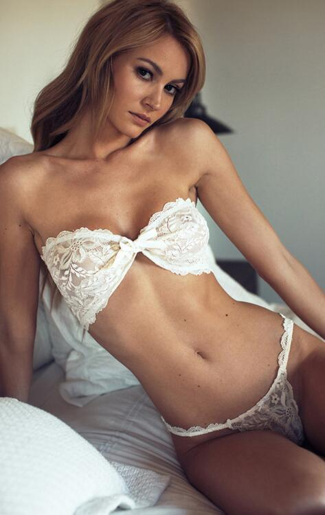 White Lace Strapless Three-points Lingerie YQ-073