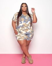 Plus Size Casual Sports Print Short Sleeve Shorts Two Piece Set WTF-9083