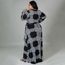 Plus Size Printed V Neck Long Sleeve Maxi Dress NNWF-7310