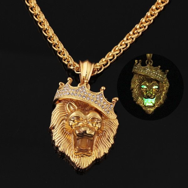 Crown Lion Head Luminous Pendant Necklace Inset Glow in the Dark