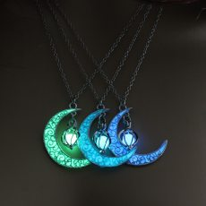 Moon Glowing Gem Silver Plated Luminous Stone Pendant Necklace  Charm Jewelry
