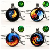 Black Luminous Necklace Glowing Yin Yang Picture Pendant with Black Chain Necklace