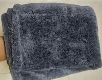 70x90cm  600gsm twist type microfiber towel