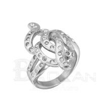Anillo de mujer de acero de forma particular y con diamante