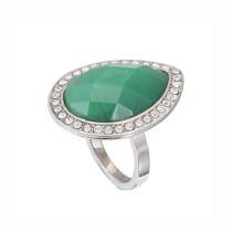 Anillo de acero con piedra esmeralda de forma lagrima con diamantes
